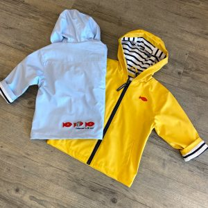 Kinder Regenjacke gelb / hellblau - 49,95€